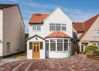 5 bed home in Park Lane, Carshalton