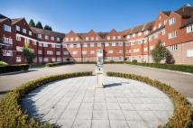 Flat to rent in Elizabeth Drive, Banstead