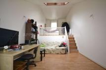 Studio apartment in Belmont Street...