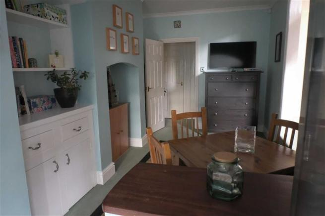 Additional breakfast room photo