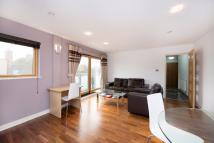 Cable Street Flat to rent