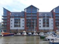 Flat to rent in Merchant Square...