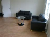 3 bed Flat in Clapham Road, London, SW9