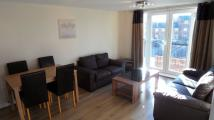 Apartment to rent in Sandycroft Avenue...