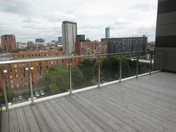 Rooftop Garden Vi...