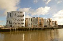 Flat to rent in New Capital Quay Dowells...