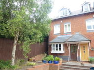 3 bed semi detached house to rent in Victoria Mews...
