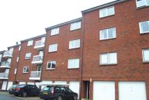 2 bed Flat in Theresas Walk...