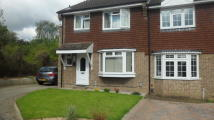 3 bed semi detached house in Waylands, Swanley, BR8