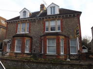 1 bedroom Flat to rent in Holmesdale Road...