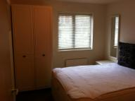 Flat to rent in Granville Road...