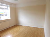 2 bed Ground Maisonette in St. Johns Hill...