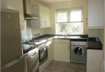 2 bedroom semi detached house in Stone Court, TN15