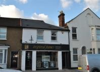 property to rent in High Street, Barnet