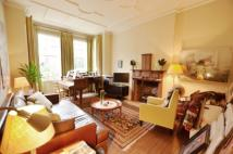 1 bedroom Flat in Melrose Avenue...