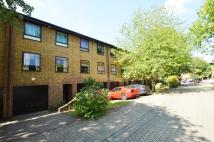 4 bed Town House in Abinger Mews, Maide Vale
