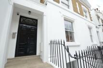 Studio apartment in Royal College Street...