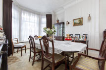 4 bedroom Terraced property for sale in Elm Grove, Cricklewood...