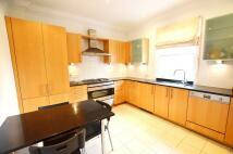5 bedroom Detached home in Sunny Gardens, Hendon...