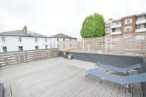 2 bedroom house to rent in Wavel Mews...