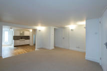 2 bedroom Flat in Mill Lane...