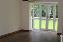 Ground Flat to rent in Upper Park Road...