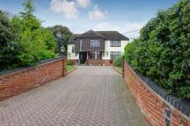 4 bed Detached home for sale in Battlesbridge