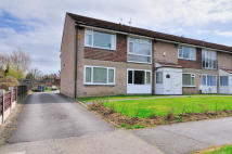 2 bed Flat to rent in Peel Hall Road...