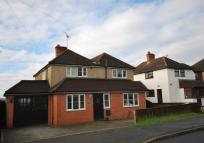 4 bed Detached home in Hazell Road, Farnham