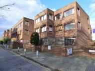 Studio flat in RYDE PLACE...