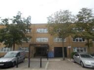 Studio apartment to rent in Milton Keynes, MK9
