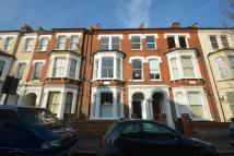 5 bed Town House to rent in Trent Road, London, SW2
