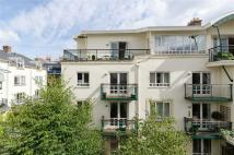 2 bed Apartment in Grange Road, Clifton