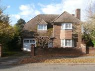 4 bedroom Detached home in Manor Way, Chesham