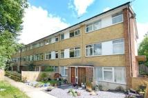 2 bedroom Maisonette in Freeman Court, Chesham