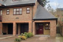 1 bedroom Apartment in Pine Court, Chesham