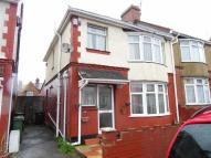 Biscot Town House to rent