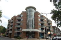 Flat to rent in PURLEY, Surrey