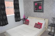 2 bed Flat to rent in Russell Hill, PURLEY...