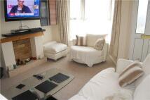 2 bedroom Terraced property to rent in Godstone Road, Kenley