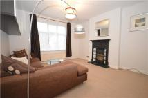2 bed Flat to rent in Brighton Road, PURLEY...