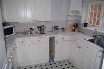 2 bed Flat in Woodcote Valley Road...