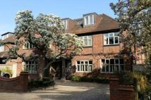6 bedroom Detached property for sale in Atherton Drive...