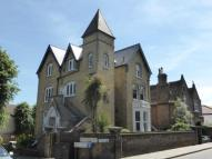 Flat to rent in Grosvenor Hill...