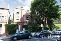 3 bed Flat in Canfield Gardens...