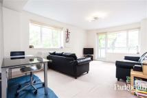 3 bedroom Flat to rent in Fairfax Road...