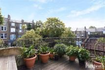 2 bed Flat in Gladys Road...