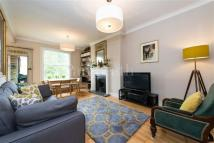 3 bed Flat in Priory Road...