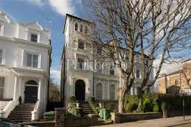 3 bedroom Flat for sale in Priory Road...