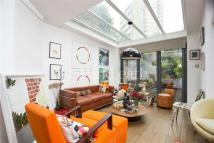 Flat for sale in Randolph Avenue...